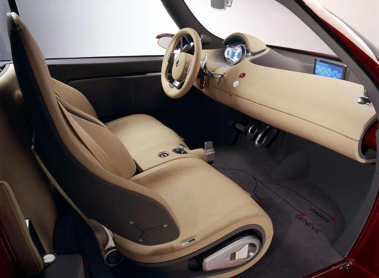 Intrieur 1 9 renault zoe concept for Renault 9 interieur